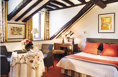 Hotel Du Lutece 65 Rue Saint Louis En I Ile 75004 Phone 33 01 43 26 23 52 Metro Pont Marie Or Rer B St Michel Notre Dame
